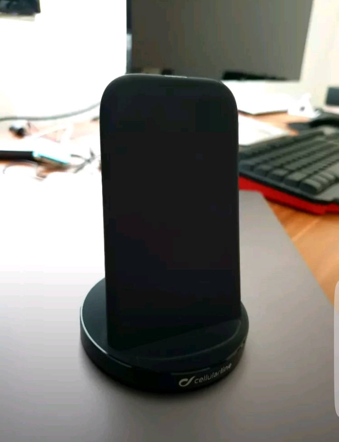 Cellularline WIRELESS FAST CHARGER STAND